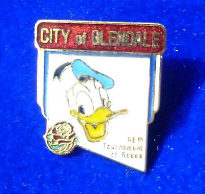 Disney pin - Rose Bowl Parade 1984 Donald Duck