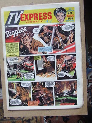 TV Express No 315 (1960). Incl Biggles full colour comic strip serial.