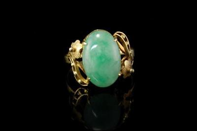 Old Chinese Apple Green Translucent Jade Cabochon 14K Gold Ring A801-21