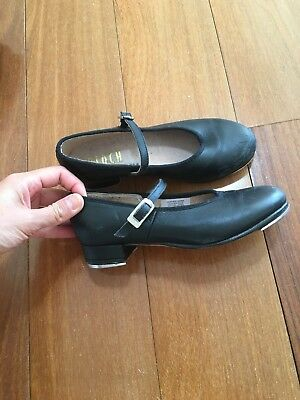 Used Bloch Girls Tap Shoes Size 12.5 (kids)