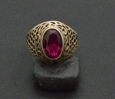 Post medieval period 875 silver ring with gemstone. 19 Century. 4gr
