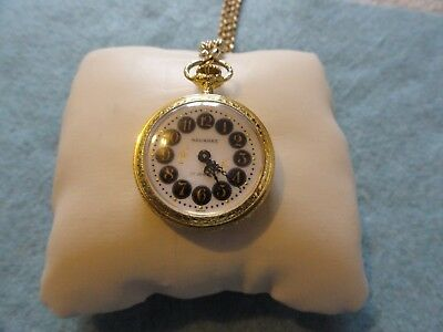 Vintage Swiss Made Wind Up Navarre 17 Jewels Necklace Pendant Wind Up Watch