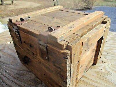 WWII Vintage wooden Chest Storage Stowage Box Trunk re-purpose Country Barn Find