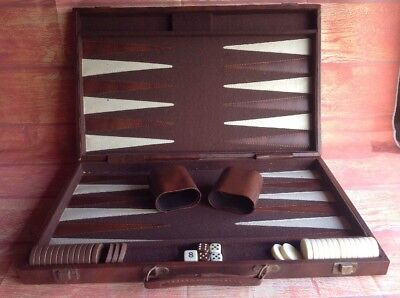 Large BACKGAMMON SET Egyptian Look Attaché CASE RETRO BOARD GAME Vintage