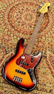 Fender USA / American Vintage 1962 Jazz Bass Electric Bass Guitar (Used)