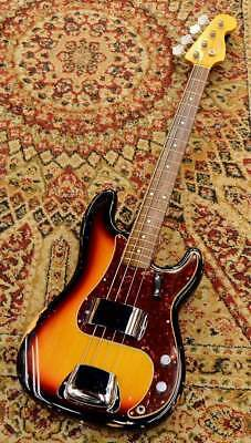 Fender USA / American Vintage 62 Precision Bass Electric Bass Guitar (Used)