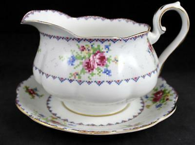 Royal Albert PETIT POINT Gravy Boat with Underplate Bone China GREAT CONDITION