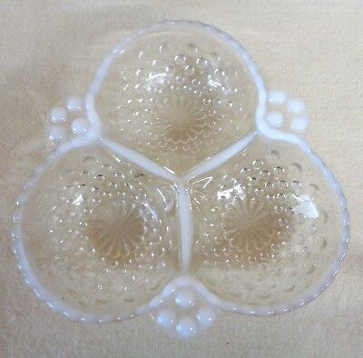 Vintage FENTON Opalescent MOONSTONE HOBNAIL Glass 3 Compartment DISH (TH1295)