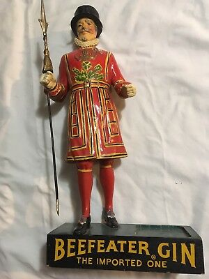 """Beefeater Gin Display, advertisement, great color, good condition 17"""""""