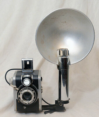 1950s Ferrania Rondine 127 camera and original flash. Made in Italy