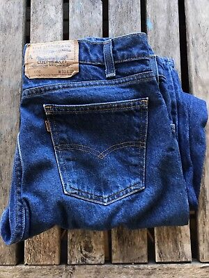 12e018a6a92 Vintage LEVIS 505 Orange Tab Denim Jeans Men's 33x32 MADE in USA Dad Style
