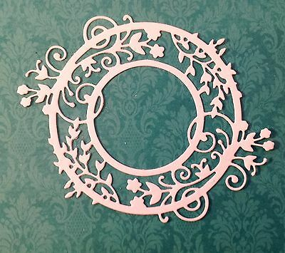 Garden Wreath Die-cuts (white) 6 Pieces Included