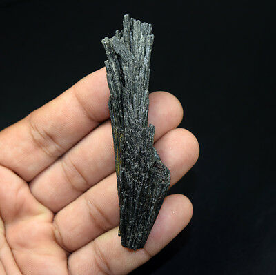 99.30 Cts. 100 % Natural Black Kyanite Rough 86*21*10 mm Fancy Mineral Gemstone