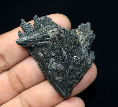 79.10 Cts. 100 % Natural Black Kyanite Rough 52*44*7 mm Fancy Mineral Gemstone