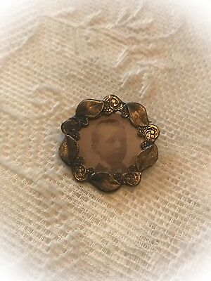 Vintage Picture Antique Brass Tone Brooch Pin