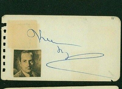 Keenan Wynn Signed 2x4 Piece Of Paper Movies
