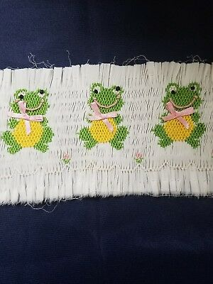 Ready to Smock panel FROGS