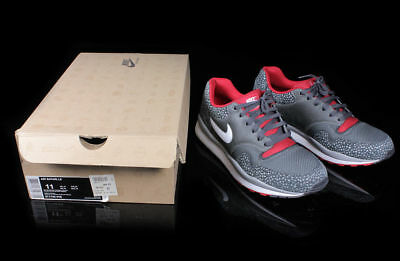 best sneakers 16f63 6f91a Nike Air Safari Le Red White Grey Mens Size 11 371740 016