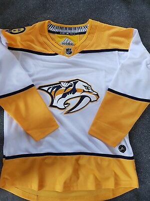ba9a67492 youth nashville predators fanatics branded gold breakaway home jersey  bnwt nashville  predators 2018 nhl away jersey