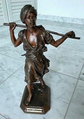 Orientalische antike Bronze by Emile Pinedo