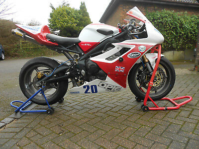 TRIUMPH DAYTONA 675 Race Track Bike, V5, Wets on Wheels and Spares Package