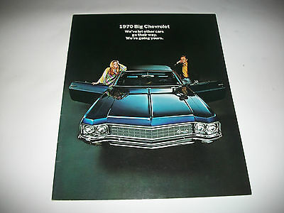 1970 Chevrolet Sales Brochure  Caprice Impala Biscayne  Cdn. Issue Very Clean