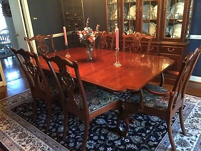 Hickory Chair Double Pedestal Mahogany Dining Table w/ 8 Samuel Chase Chairs.