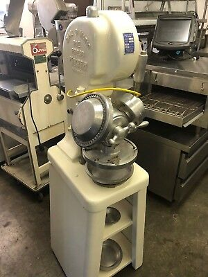 Very Nice Refurbished and Tested Dial O Matic Pie Press 300