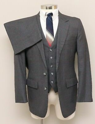 Vintage Mens 38S Tailored Clothing 3 Piece Grey/Blue/Red Plaid Wool Blend Suit