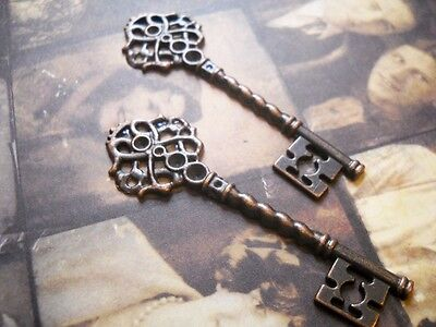 2 Large Skeleton Keys Pendants Antiqued Copper Steampunk Keys 68mm