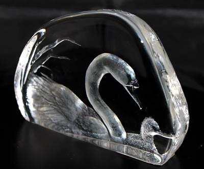 Hand Etched Crystal Swans - Mats Jonasson - New From Gallery - (18449)