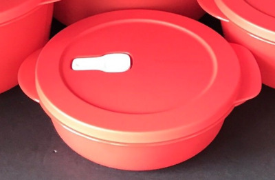 Tupperware Crystalwave Microwave Safe 4.25 Cup Lunch Dish Red Round Bowl New