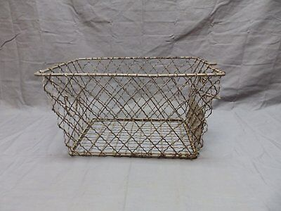 Vtg Wire Basket Gym Locker Swimming Pool Unique Diamond Old Drop Handle 657-18P