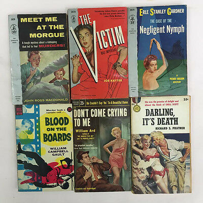 LOT of 24 Vintage Mystery and Sleaze Pulp paperbacks books-AWESOME!