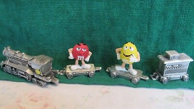 M&M's(R) Licensed Pewter Train - Engine & 3 cars - w/Red & Yellow dated 2006