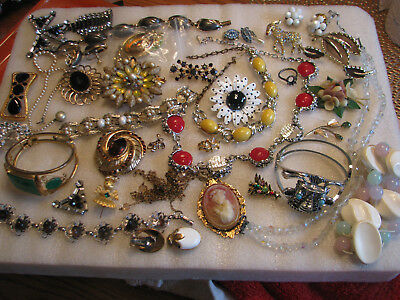 Vintage Lot Of 25 Or More Jewelry Pieces For Craft And Or Repair