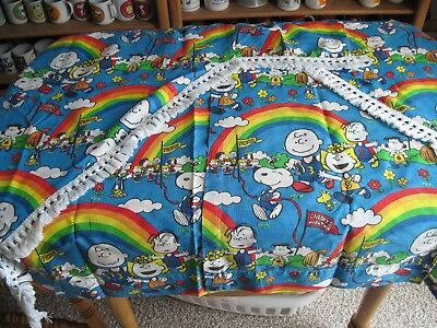 Snoopy / Peanuts Curtains With Valance