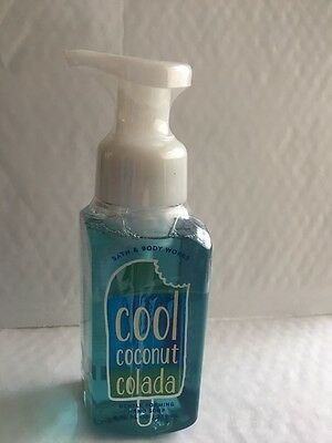 Bath & Body Works COOL COCONUT COLADA Gentle Foaming Hand Soap 259 mL