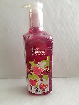 Bath & Body Works SUN-RIPENED RASPBERRY Deep Cleansing Hand Soap 8 oz / 236 mL