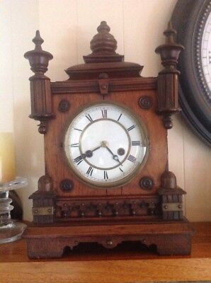 Vintage Wooden Wind-up Chiming Table Mantle Clock with Pendulum & Key