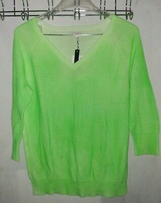 GAP New with Tags Neon Green Dye V-Neck Sweater 3/4 length sleeves Size Large