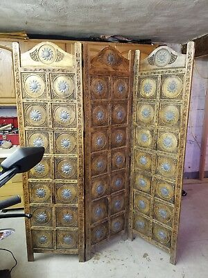 """dressing screen hand carved wood 6' tall and 60"""" wide. Some damage at the top!"""