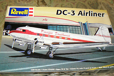 REVELL  85-5245 DC-3 Airliner Pacific Southwest/Fly Eastern Air Lines 1:90