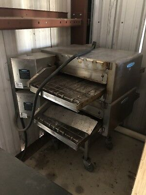 TurboChef  HHC2020 & HHC2620 Double Stack Conveyor Pizza Oven