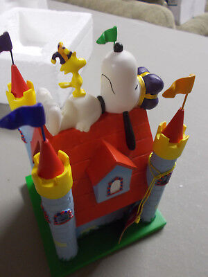 Snoopy Peanuts Westland Doghouse Dog Days Of Summer House Is His Castle #8633