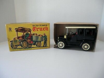Vintage Sss Friction Powered Old Timer Cadillac Tin Toy Near Mint With Box Japan