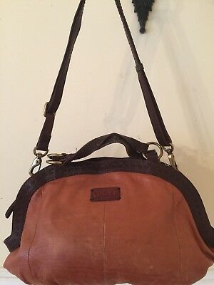 Lucky Brand Large British Tan Leather Shoulder Bag Cross-Bag H:11 L:15 D:3 RARE