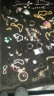 Job lot of jewellery over 100 peices