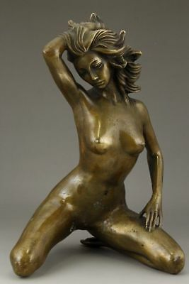 Chinese Old Bronze Handwork Carving Nude Belle Love Art Statue