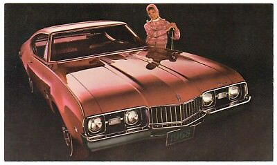 1968 Oldsmobile CUTLASS S HOLIDAY COUPE Dealer Promotional Postcard UNUSED VG+